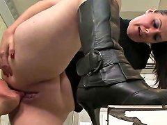 Submissive Slut Sucking Her Mistress's Pussy Vporn Com
