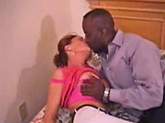 Milf Mature Amateur Mom Making Love To Her Black